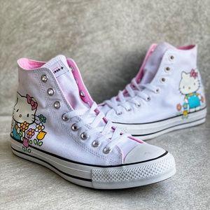 Converse x Hello Kitty Chuck Taylor Hi